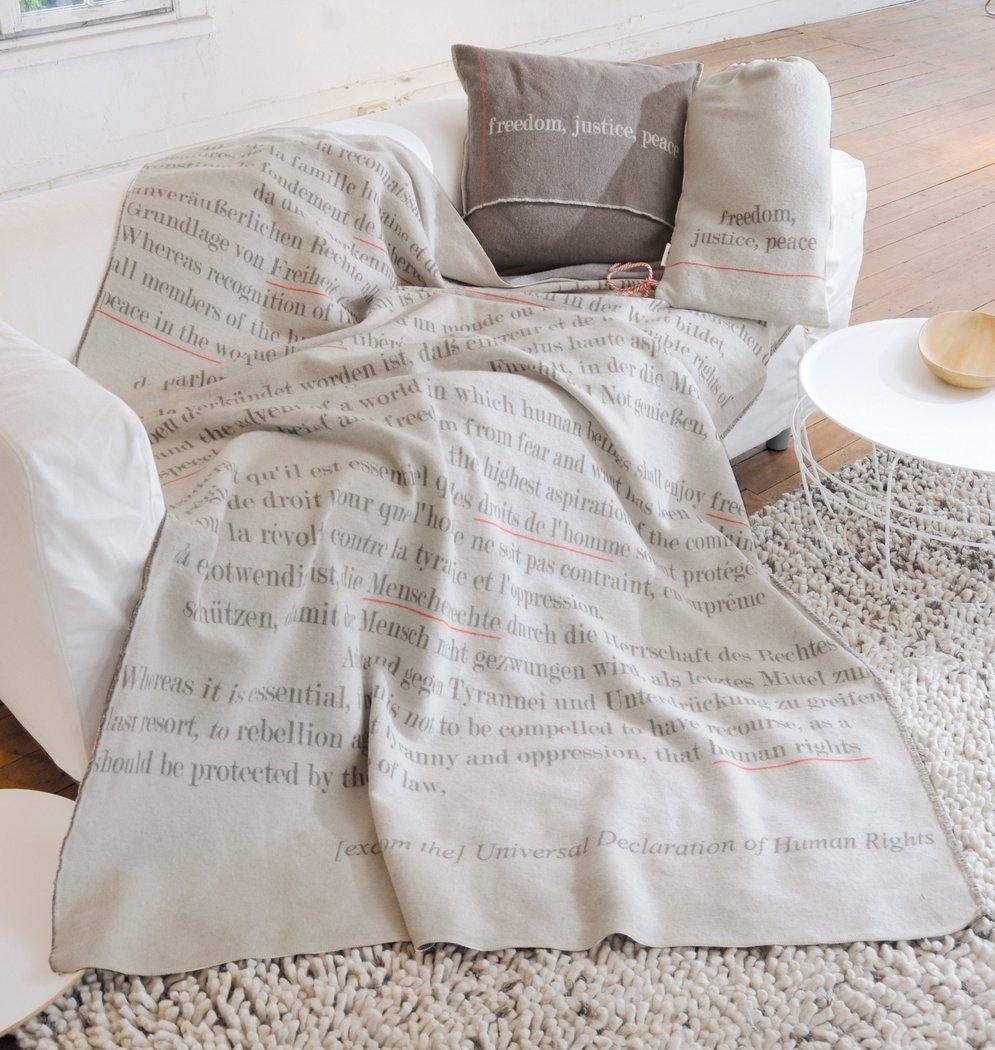 menschenrechte decke incl beutel 140x200 david. Black Bedroom Furniture Sets. Home Design Ideas
